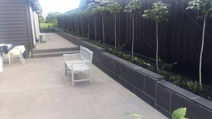 Bluestone Honed finish Retaining Wall