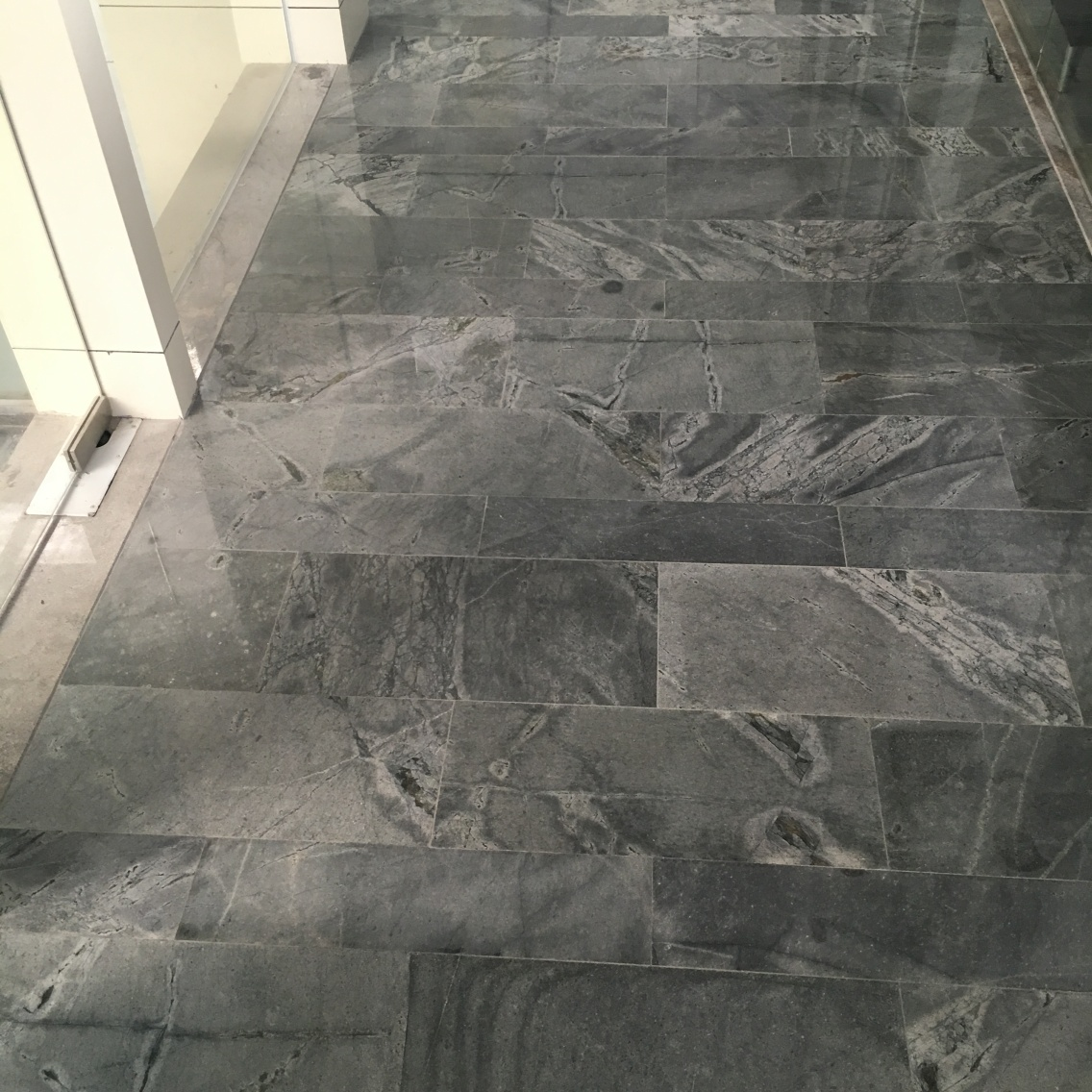 Atlantic Stone Polished tiles