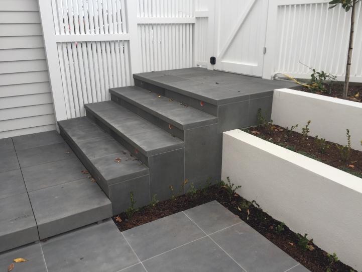Bluestone Sawn finish Stairs & Paving