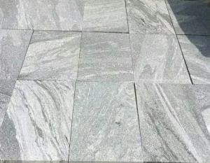 Fantasy Granite Flamed finish - cross cut