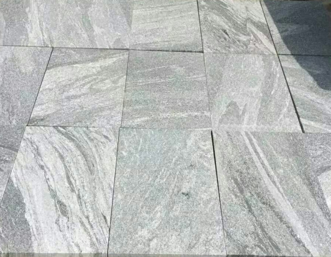 Fantasy Granite Flamed finish - cross cut