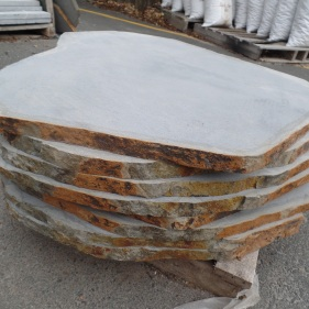 Natural Cut Bluestone Stepper MED