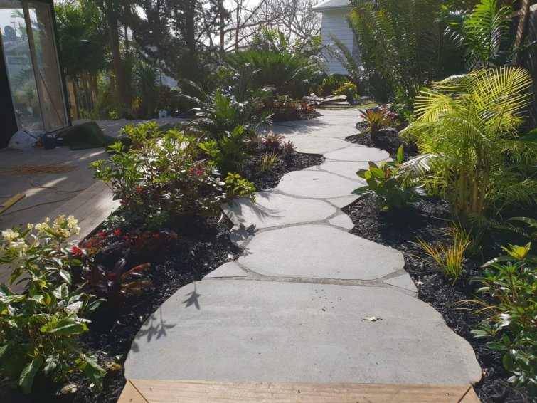 Natural Cut Bluestone Stepper Mixed Path