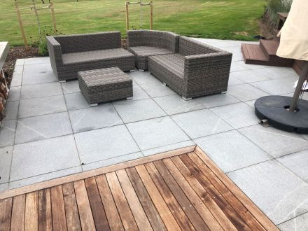 Grey Granite Flamed Paving