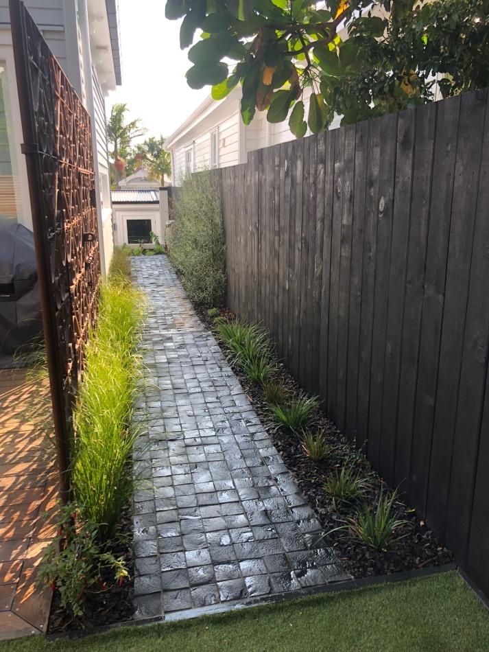 Bluestone Splitface Cobble path