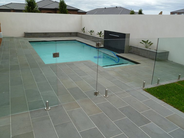 Bluestone (Sawn finish) Bullnose Coping and Paving