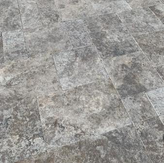 Silver Travertine Tumbled finish - Ashlar / French Pattern