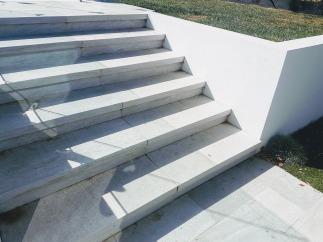 White Quartzite Dropface stairs