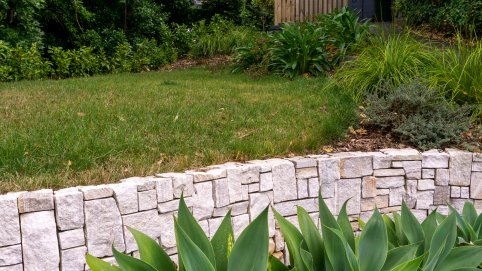Golden Vein Quartzite Wall